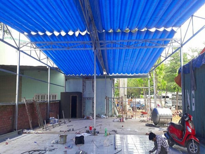 Bật mí kinh nghiệm lắp mái che nắng cho công ty tại TP Hồ Chí Minh
