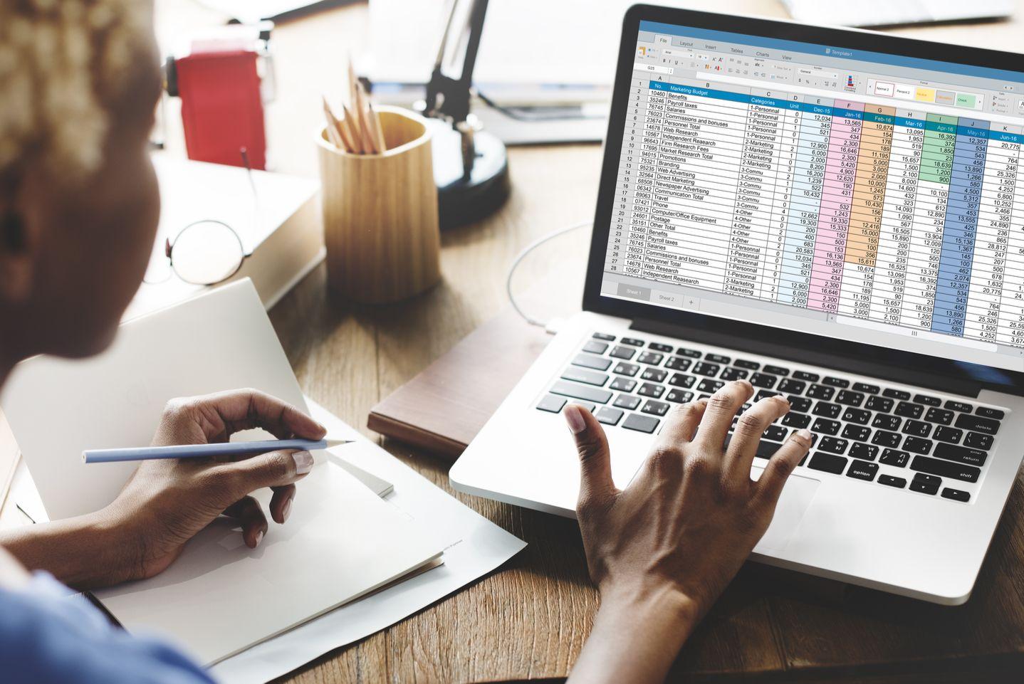 Đặc điểm và cách sử dụng Top 06 phần mềm kế toán thông dụng
